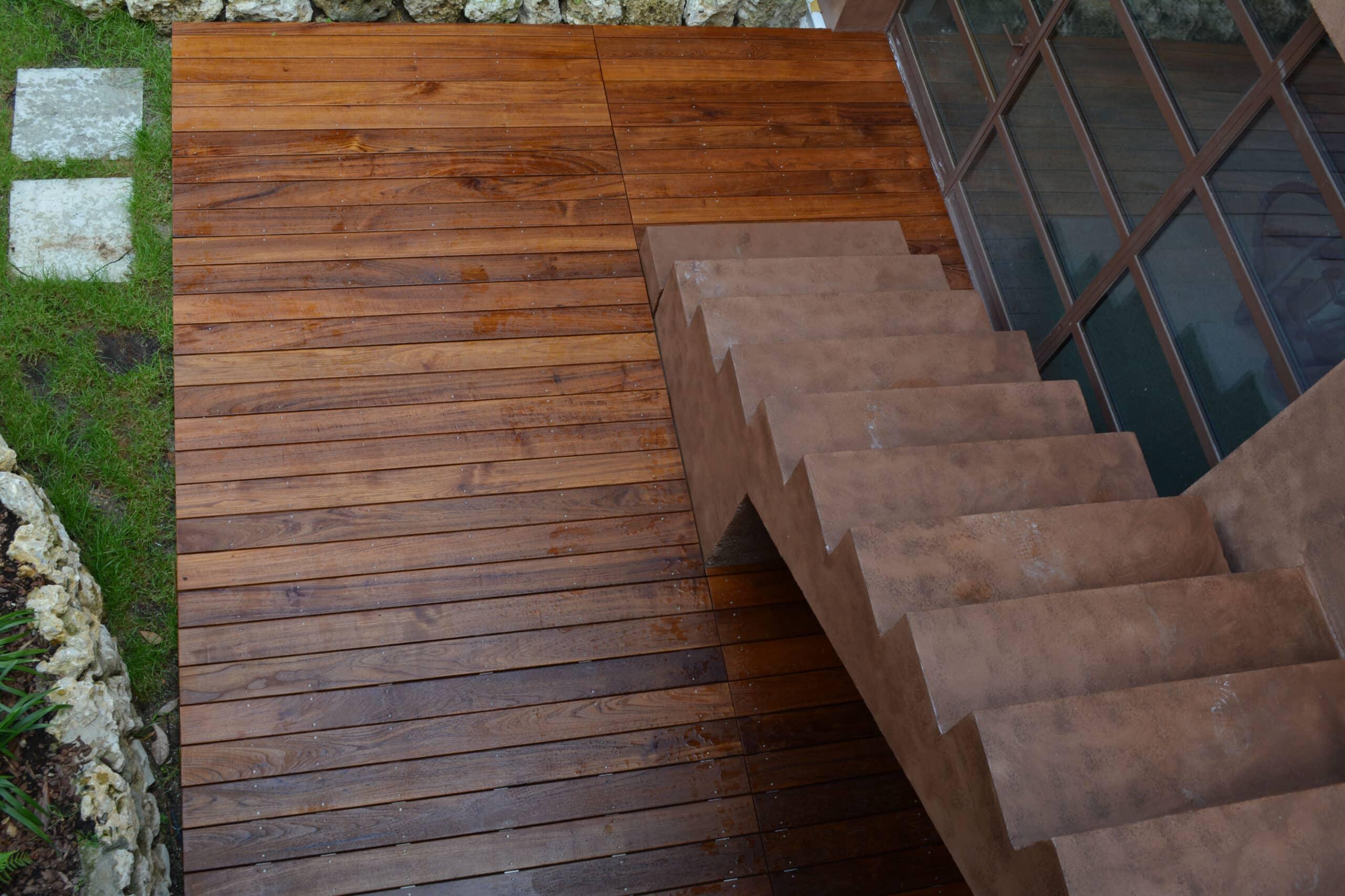 pavimento esterno decking